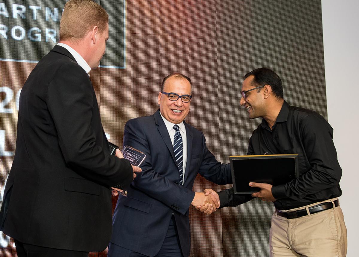 Dell-EMC-Regional-Distributor-Award